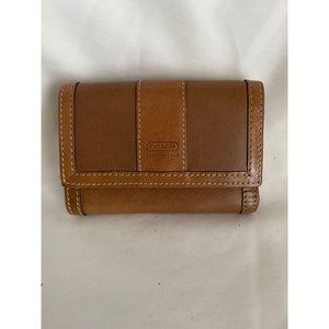 COACH Leather Trifold Clutch Wallet